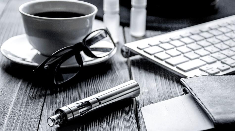 """Dampfen mit """"Flash"""": alles Wichtige zu e-Liquids mit Koffein"""